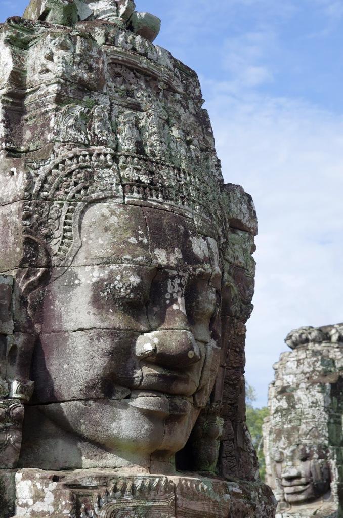 62cd1-bayon_angkor_stone_faces